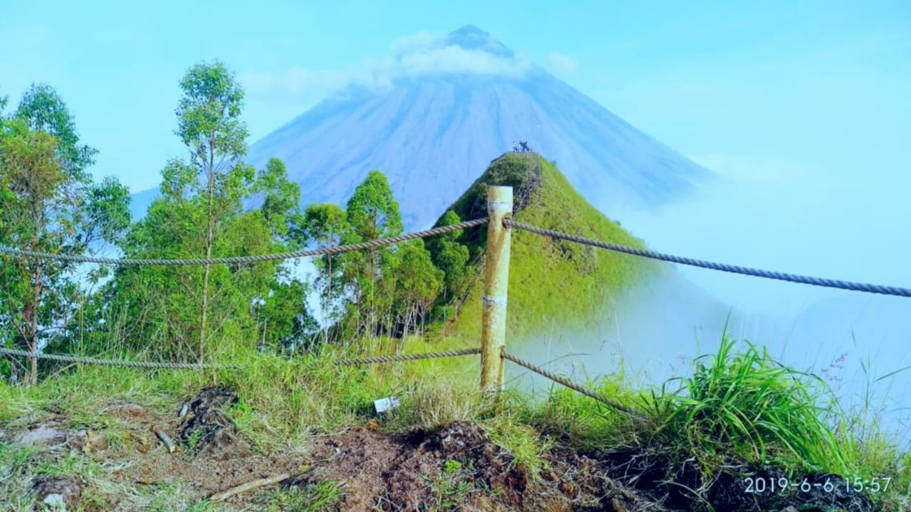 Berkunjung ke Puncak Watu Nariwowo di Desa Beja - EKORA NTT